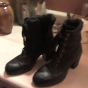 Oxox womens boots,  size 8-1/2.